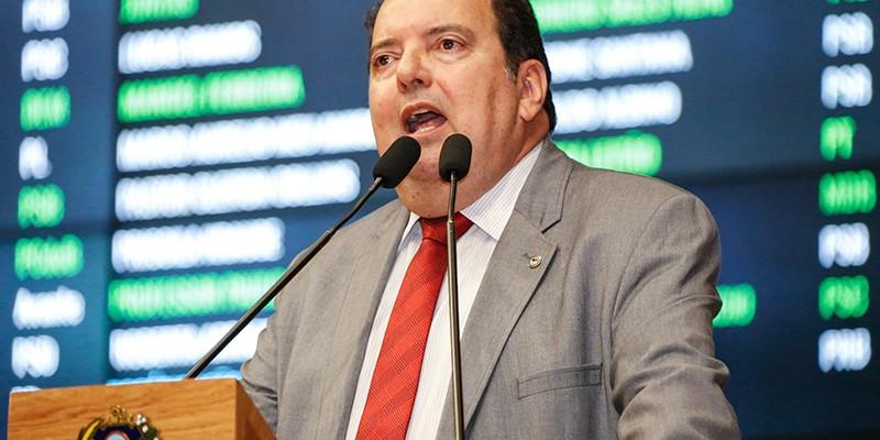 Deputado pediu ao governador rapidez na elucidação do crime