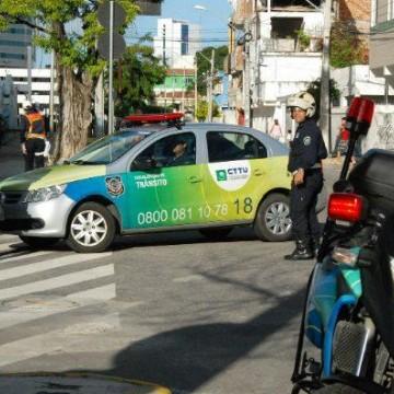 Recife e RMR com fiscalização reforçada nas ruas para garantir quarentena