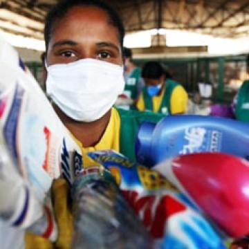 Incentivo e renda para mulheres catadoras de recicláveis, é um dos projetos da Deputada Gleide Ângelo