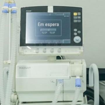 Hospital Universitário de Petrolina recebe 40 respiradores pulmonares do Estado