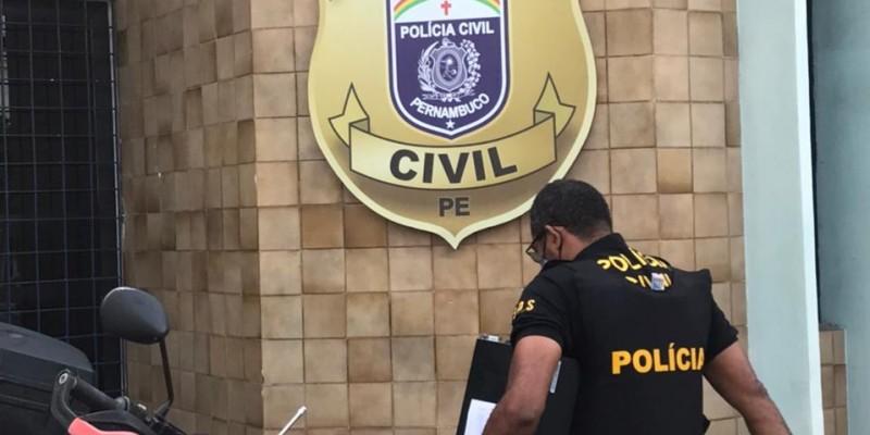 As ordens judiciais foram expedidas pela Vara da Comarca de Nazaré da Mata e cumpridas em endereços do Recife.