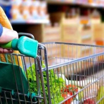 Entidades garantem que não há risco de desabastecimento em supermercados e no Ceasa