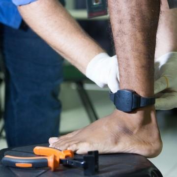 Nova lei das tornozeleiras é aprovada na Alepe