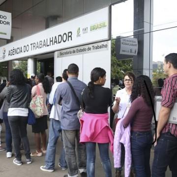 Desemprego subiu 27,6% em quatro meses de pandemia