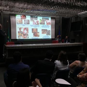 Alunos da rede estadual de ensino participam de conscientização sobre o coronavírus