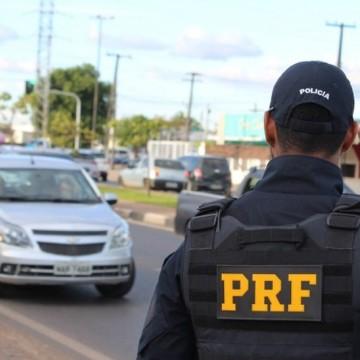 Polícia Rodoviária Federal prende homem com carga roubada