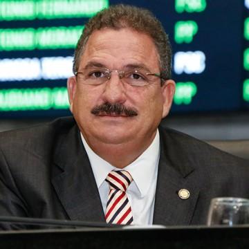 Presidente da Alepe acompanha Paulo Câmara na visita a Lagoa Grande