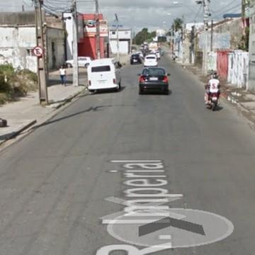 Obra interdita Rua Imperial no Recife