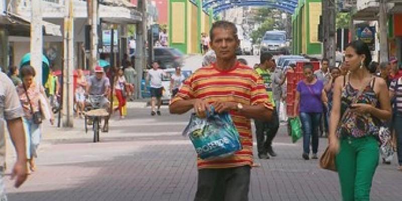 Em Pernambuco a redução de famílias endividadas é surpresa porque o mês de maio e junho geralmente são de custos altos