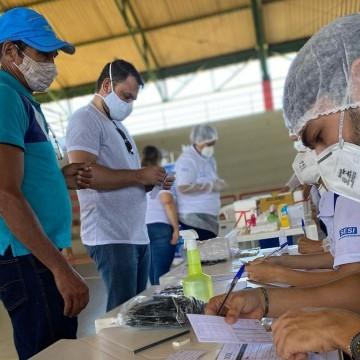 Decreto libera trabalhadores no turno que haja agendamento para vacinação
