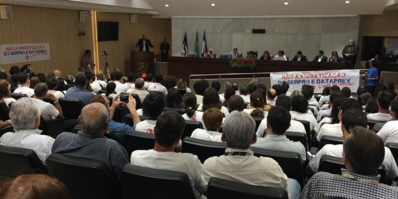 Em Pernambuco, sindicatos e trabalhadores se reúnem em iniciativas para impedir a privatização