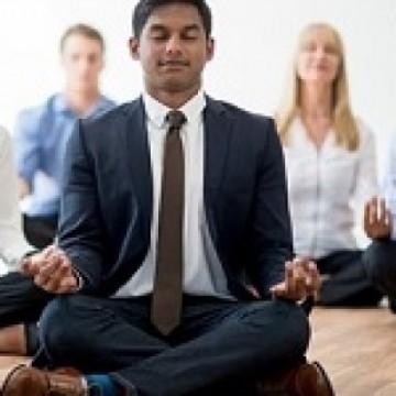 Impacto da saúde mental nos negócios impulsiona práticas transcendentais nas corporações