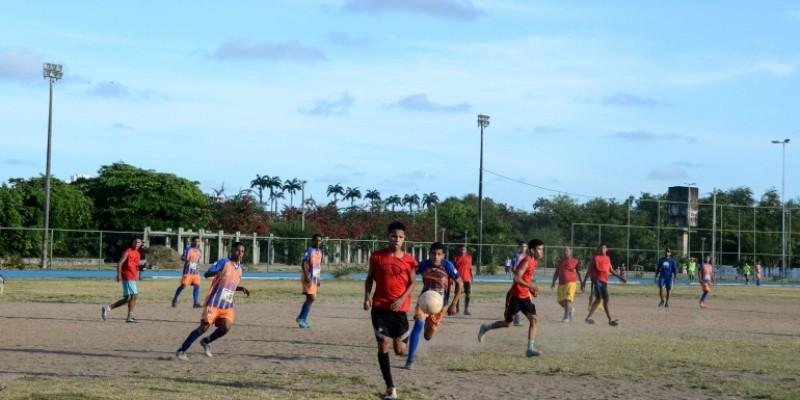 Segundo a prefeitura, mais de R$ 1 milhão  vão ser investidos na quadra poliesportiva Beira Rio, na Lagoa do Araçá, no Parque Caiara e no centro social Bidu Krause