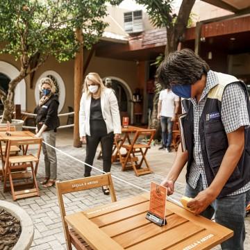 Bares e restaurantes no Grande Recife descumprem regras do Plano de Convivência com a Covid-19