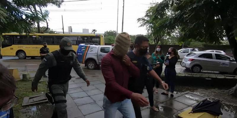 Um total de 18 pessoas foram presas durante cumprimento dos mandados. De acordo com a corporação, as investigações começaram em janeiro deste ano