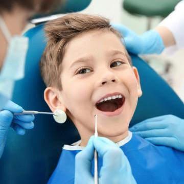 Dia 20 de março é o dia Mundial da saúde bucal e lembra a importância de manter dentes e bocas saudáveis