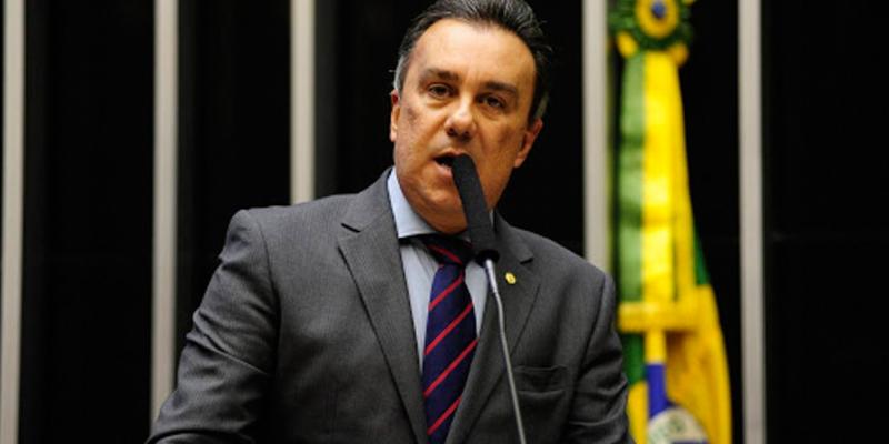 O programa conta com a participação do Deputado Federal Ricardo Teobaldo