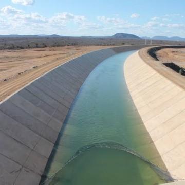 Obra levará água ao Sertão de Pernambuco