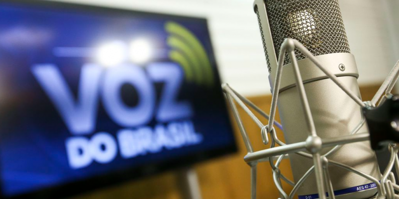Agora só rádios educativas devem manter início da transmissão às 19h