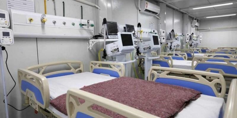Entre os leitos desativados, segundo a Secretaria Estadual de Saúde (SES), foram desmobilizadas 503 vagas de terapia intensiva (UTI) e 209 de enfermaria