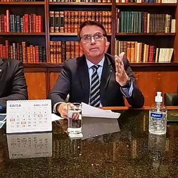 Bolsonaro considera que retomada de atividades no país acontecerá em até quatro meses