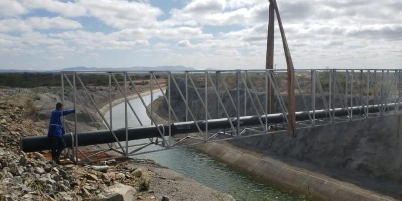 O abastecimento levará água para 35 mil moradores da cidade.