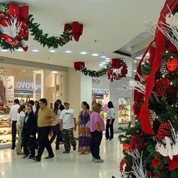 69% dos consumidores manifestaram a intenção de comemorar o Natal e o Réveillon neste ano