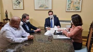 Auxílio para órfãos da pandemia vira lei em Pernambuco