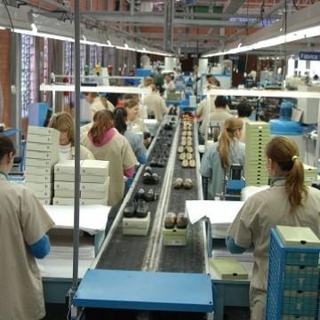 Produção industrial cresceu 1,1% em outubro, diz IBGE