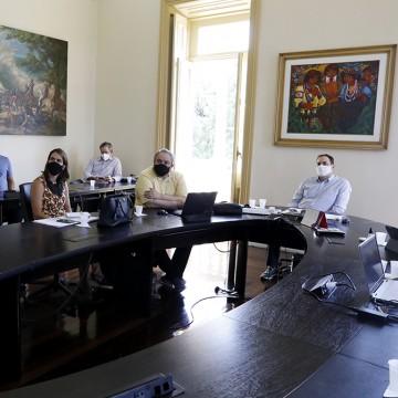 Governo de Pernambuco mantém medidas restritivas até 9 de maio