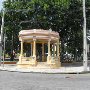 CTTU monta esquema especial de trânsito para obra da Compesa no bairro de São José
