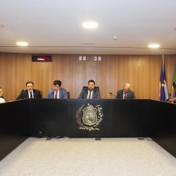 Mudanças no projeto de lei que pretende proibir a tração animal em Pernambuco são aprovadas