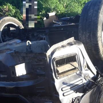 Homem suspeito de roubar Corolla e dois frentistas em Caruaru, morre em colisão na BR-232 em Jaboatão dos Guararapes