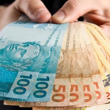 Novo valor do salário mínimo começa a vigorar neste sábado (1º)