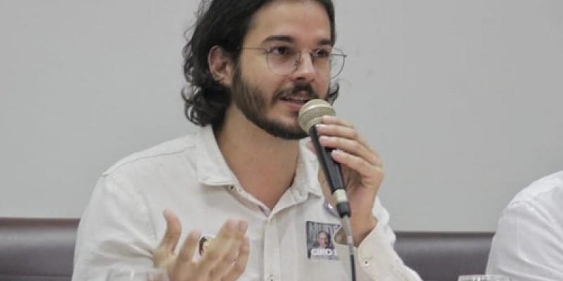 Túlio Gadêlha apresentou projeto nesta sexta