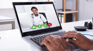 Bolsonaro promulga artigo que autoriza receita médica digital