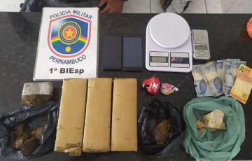 Policias do BIESP apreendem mais de 2kg de maconha, além de crack em Caruaru
