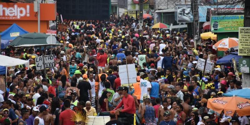 Segundo a prefeitura, os agentes de segurança conseguiram conter rapidamente alguns episódios de brigas durante desfiles de blocos