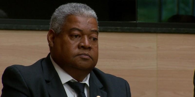 O prefeito do Recife decretou luto oficial por três dias, em homenagem ao ex-vereador