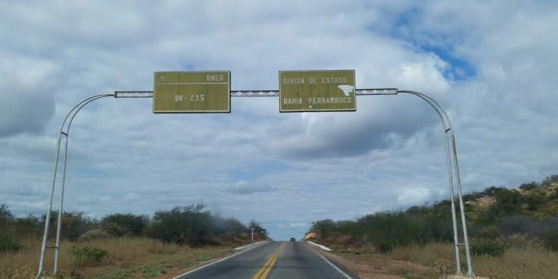 Trecho tem 22 quilômetros e fica entre Petrolina e divisa com a Bahia