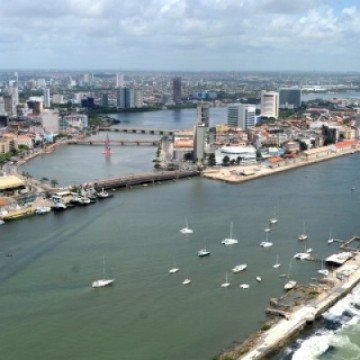 Porto do Recife registra aumento de movimento nos últimos três meses