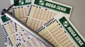 Mega-sena acumula e deve pagar R$ 100 milhões