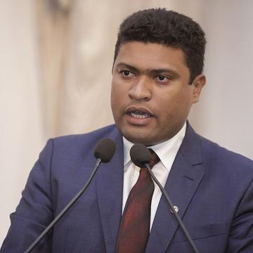 Joel da Harpa defende transparência no plano de cargos e carreira da PM