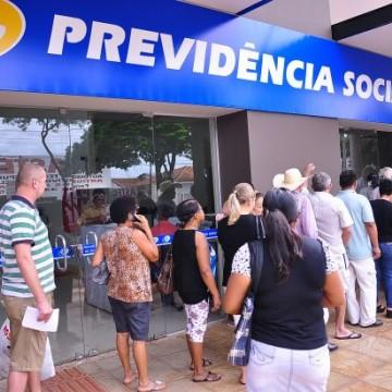 Espera por benefício triplica em dez anos no Brasil
