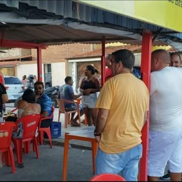 Governo de Pernambuco anuncia medidas mais rigorosas no estado para conter aglomerações