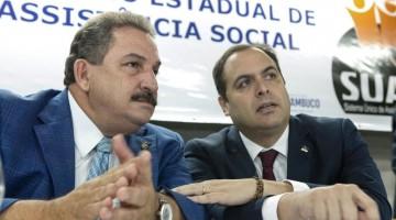 """Alepe entrega ao governo do Estado relatório do """"Fala Pernambuco"""" com sugestões de apoio aos pequenos negócios"""