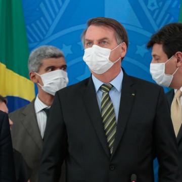 Bolsonaro diz que situação é grave, mas não deve haver pânico