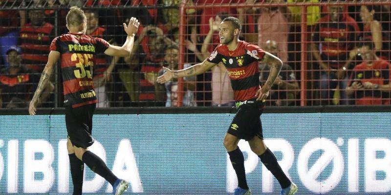 Com gols de Hernane e Guilherme, Sport bateu o Paraná de virada por 2x1 e chegou na casa dos 56 pontos