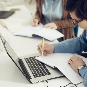 Estão disponíveis mais de 30 vagas de estágio para níveis técnico e universitário