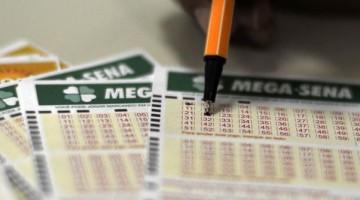 Mega-Sena acumula mais uma vez e deve pagar R$ 35 milhões